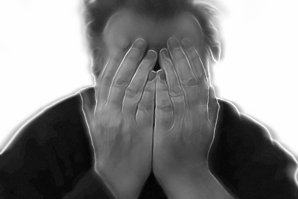 3 Surprising Causes of Chronic Headaches and How To Cure Them Naturally